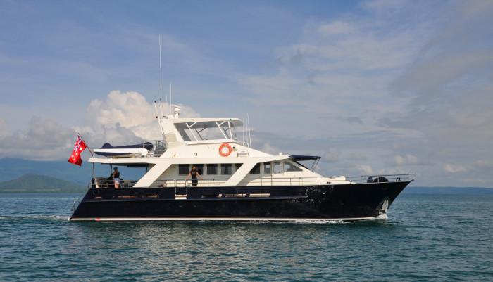 Port Douglas dive boat live aboard