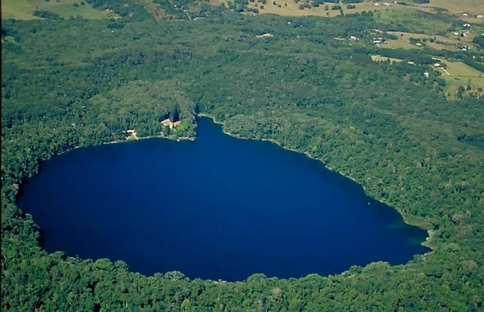 Lake Eacham - surrounded by lush rainforest
