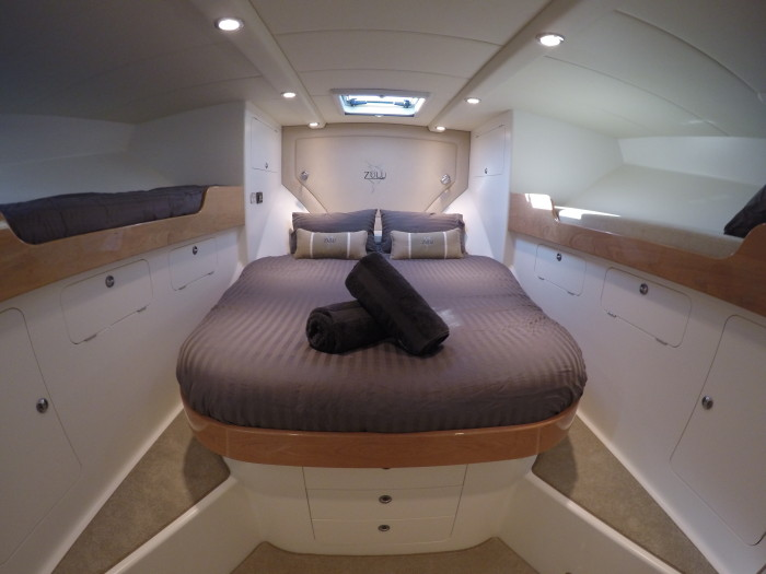 Zulu Blue Dive private charter bedroom